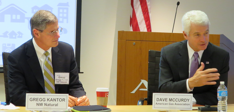 Incoming AGA Chairman Gregg Kantor and AGA President and CEO Dave McCurdy discuss the vision for natural gas in 2014.